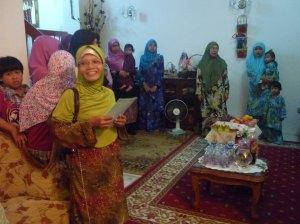Sebahagian guru yang bermarhaban  di rumah Pn Hjh Noriah